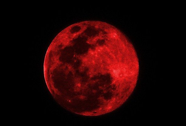 "The Arrival of the Antichrist, NOT the ""Blood Moons,"" is What Christians Should Be Talking About"